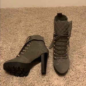 Never worn Guess ankle boots